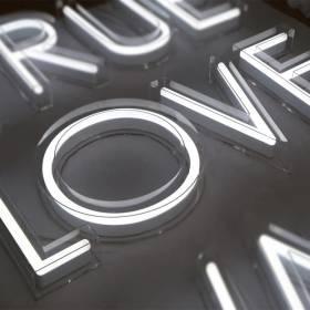 letters signage (6)
